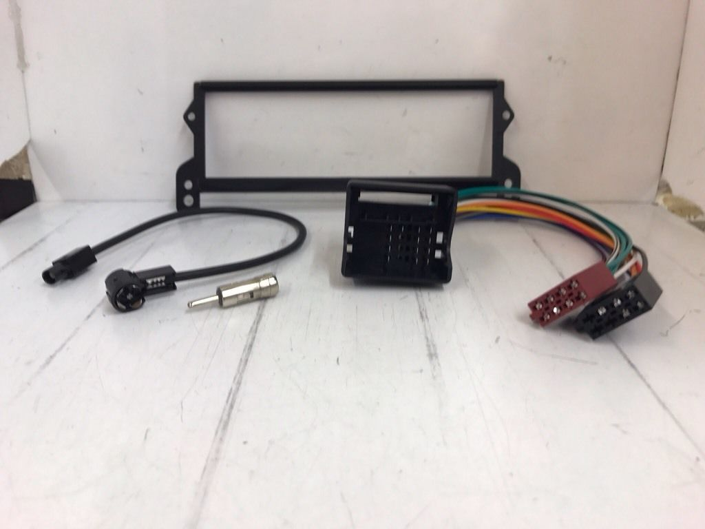 Bmw Mini R52 R53 car radio Stereo Aftermarket Facia Fitting Kit With Wiring Iso