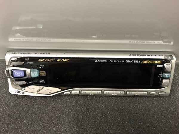 Alpine Cda-7852r front panel only