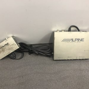 Alpine Tue-T012 Tv Tuner and Kce-100v Rgb Convertor With Bus Cable