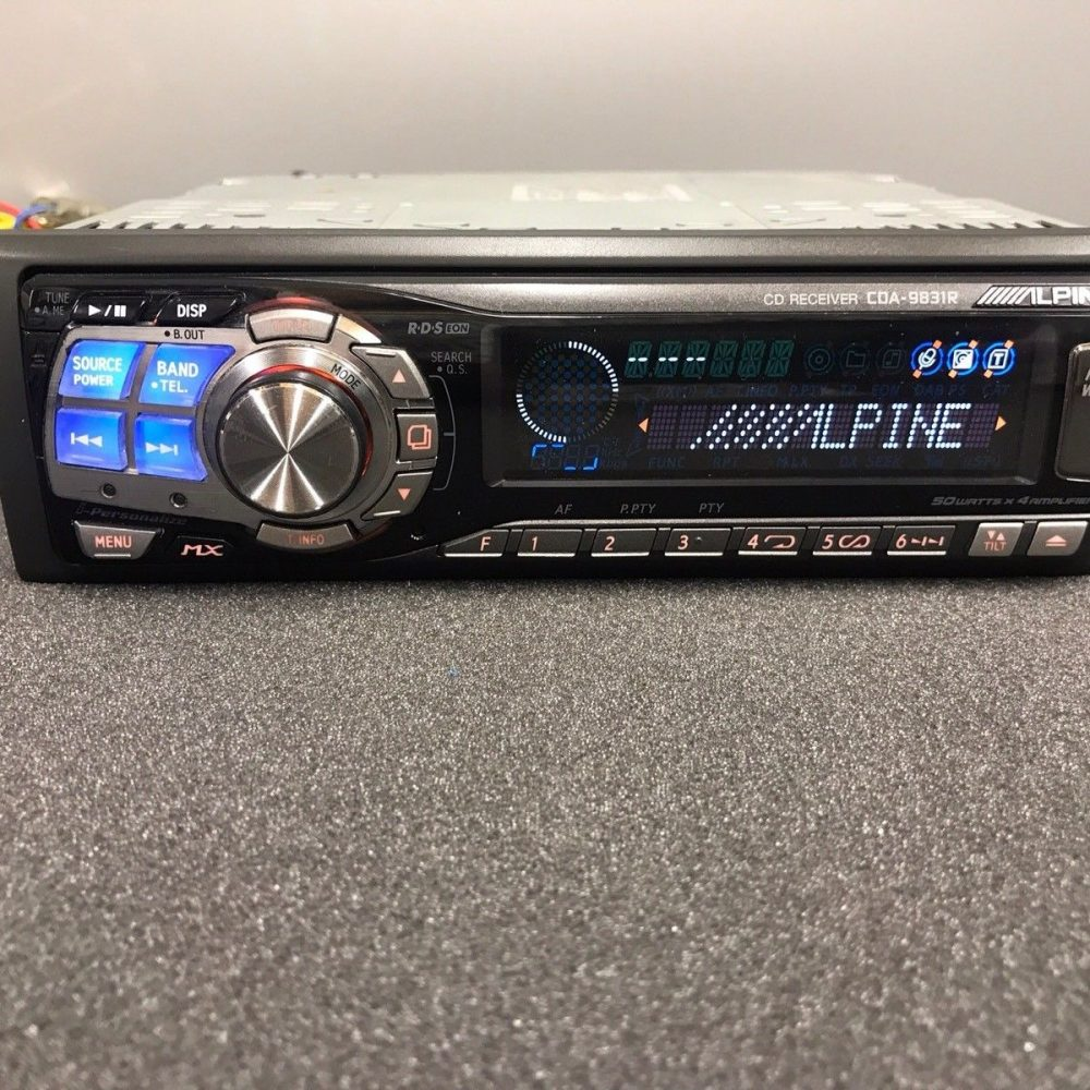 Alpine Car Radio Stereo Cd Mp3 Player Model Cda-9831r Retro 00's Vintage Retro