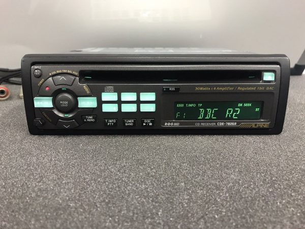 Alpine Car Radio Stereo Cd Player Model Cde-7826r Retro 00's Vintage Retro